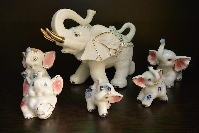 porcelánový slon