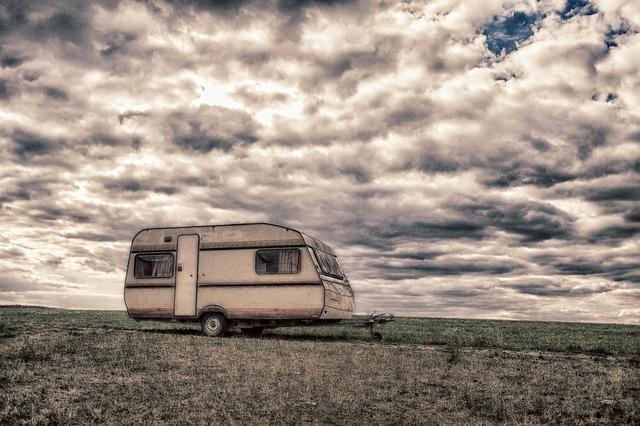 opuštěný karavan